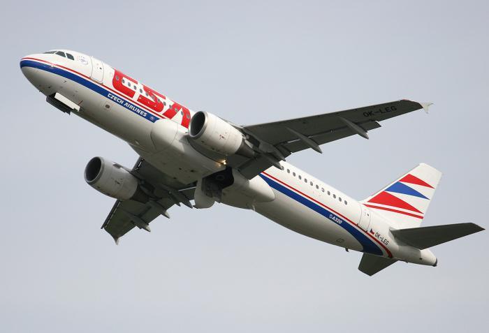 Самолет Airbus A320 авиакомпании CSA Czech Airlines