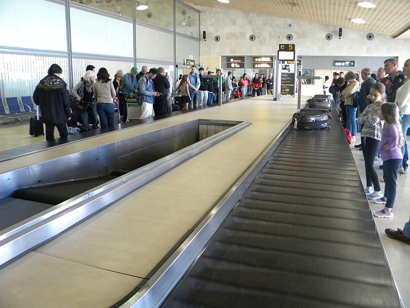 Зал выдачи багажа в аэропорту Тенерифе Северный