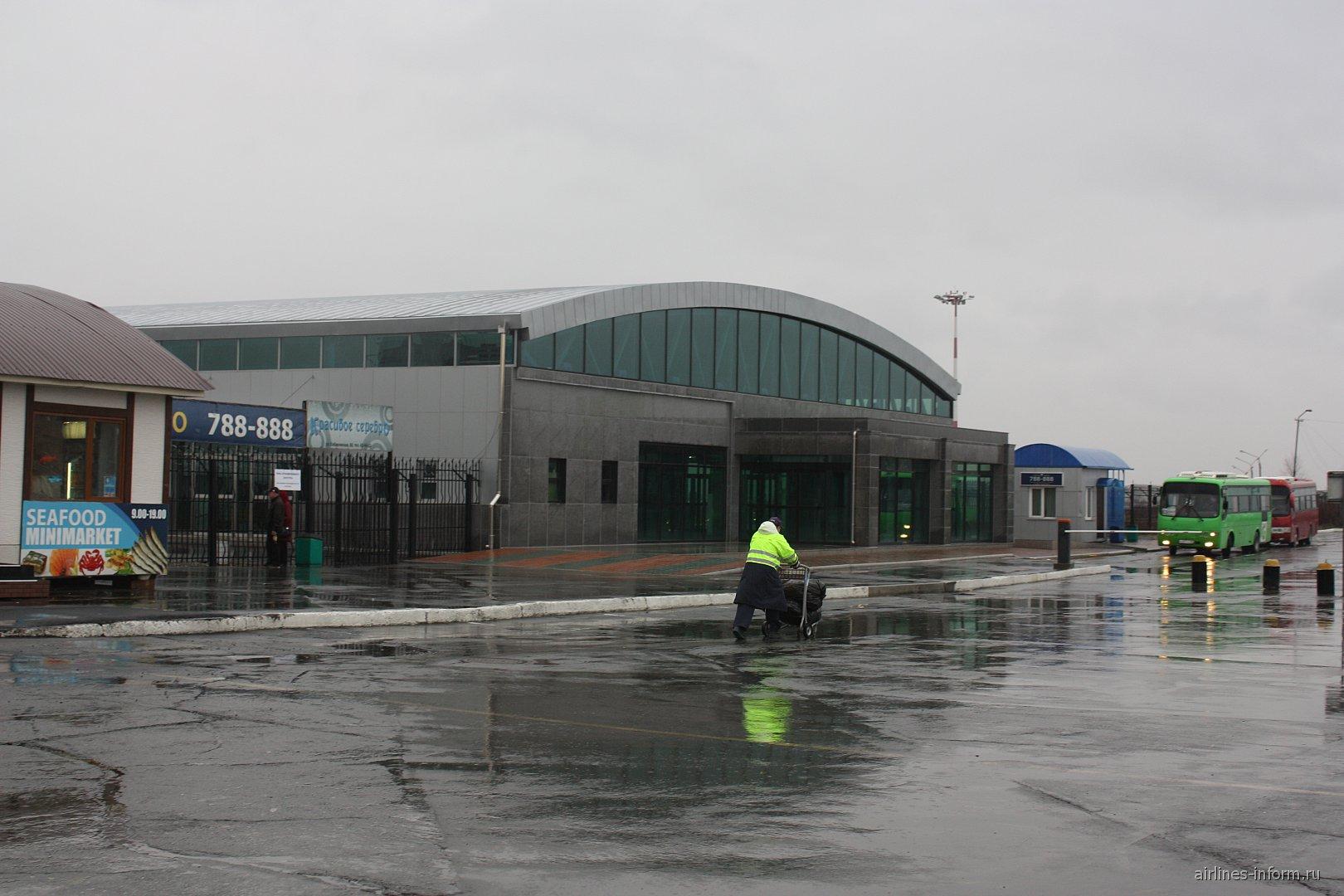 Терминал выдачи багажа в аэропорту Южно-Сахалинск Хомутово