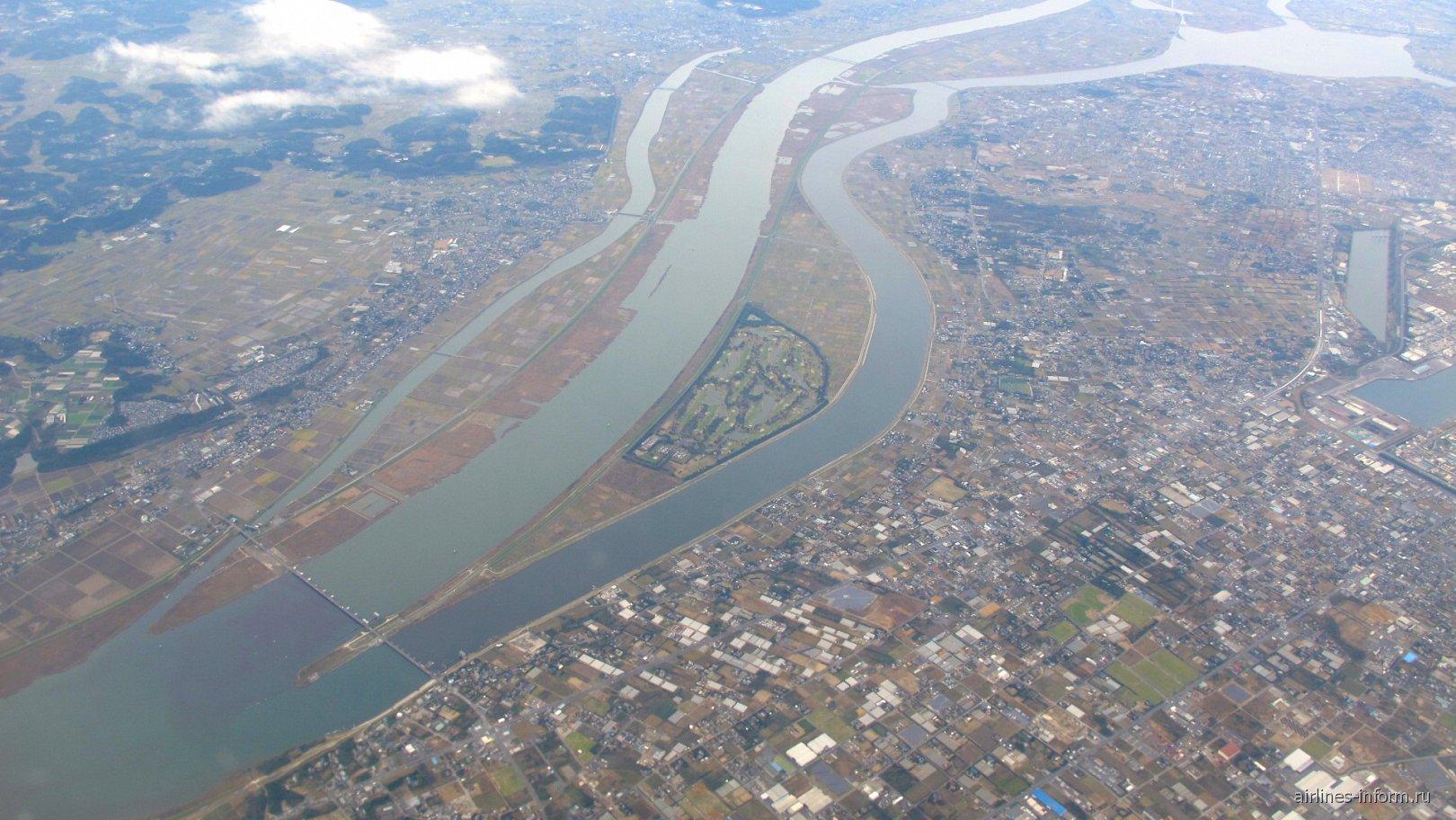 В полете над Японией