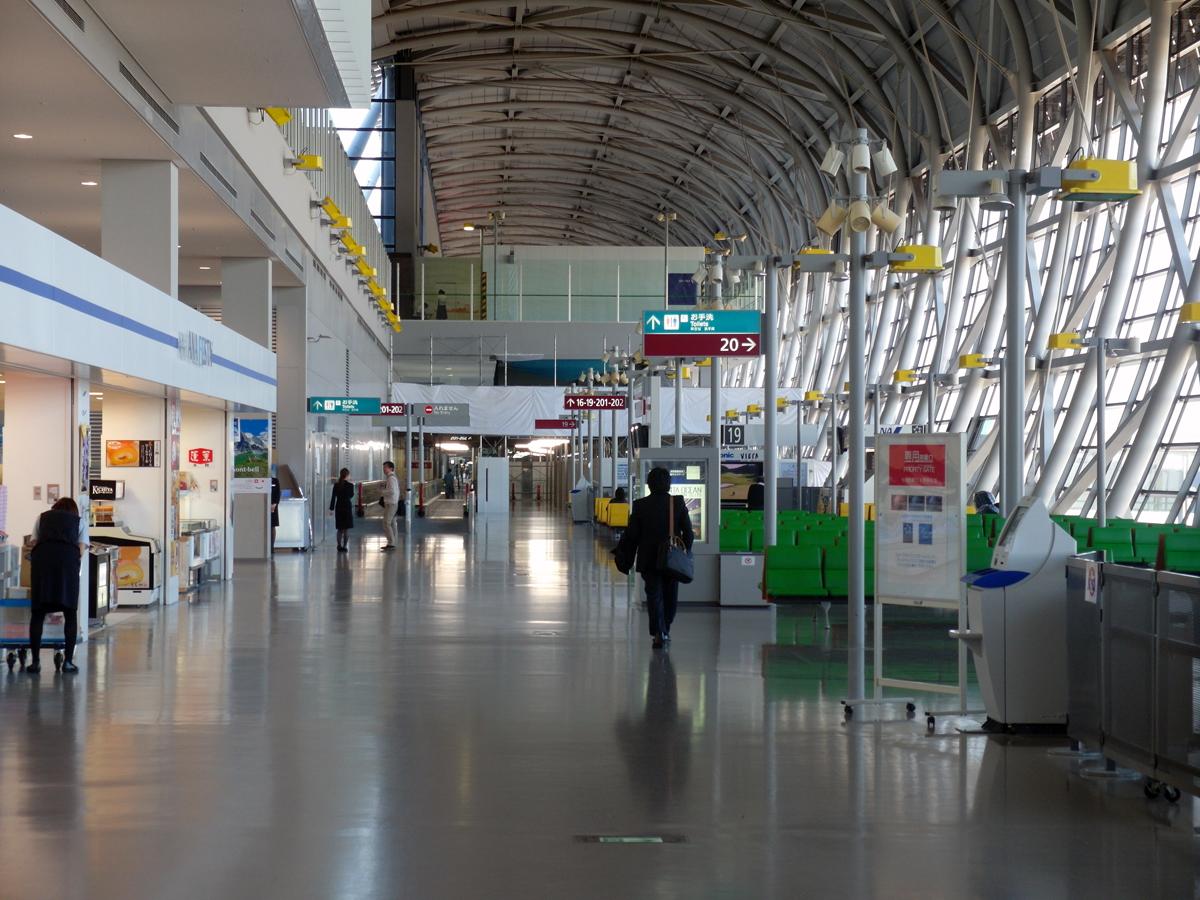 Выходы на посадку в северном крыле аэропорта Осака Кансай