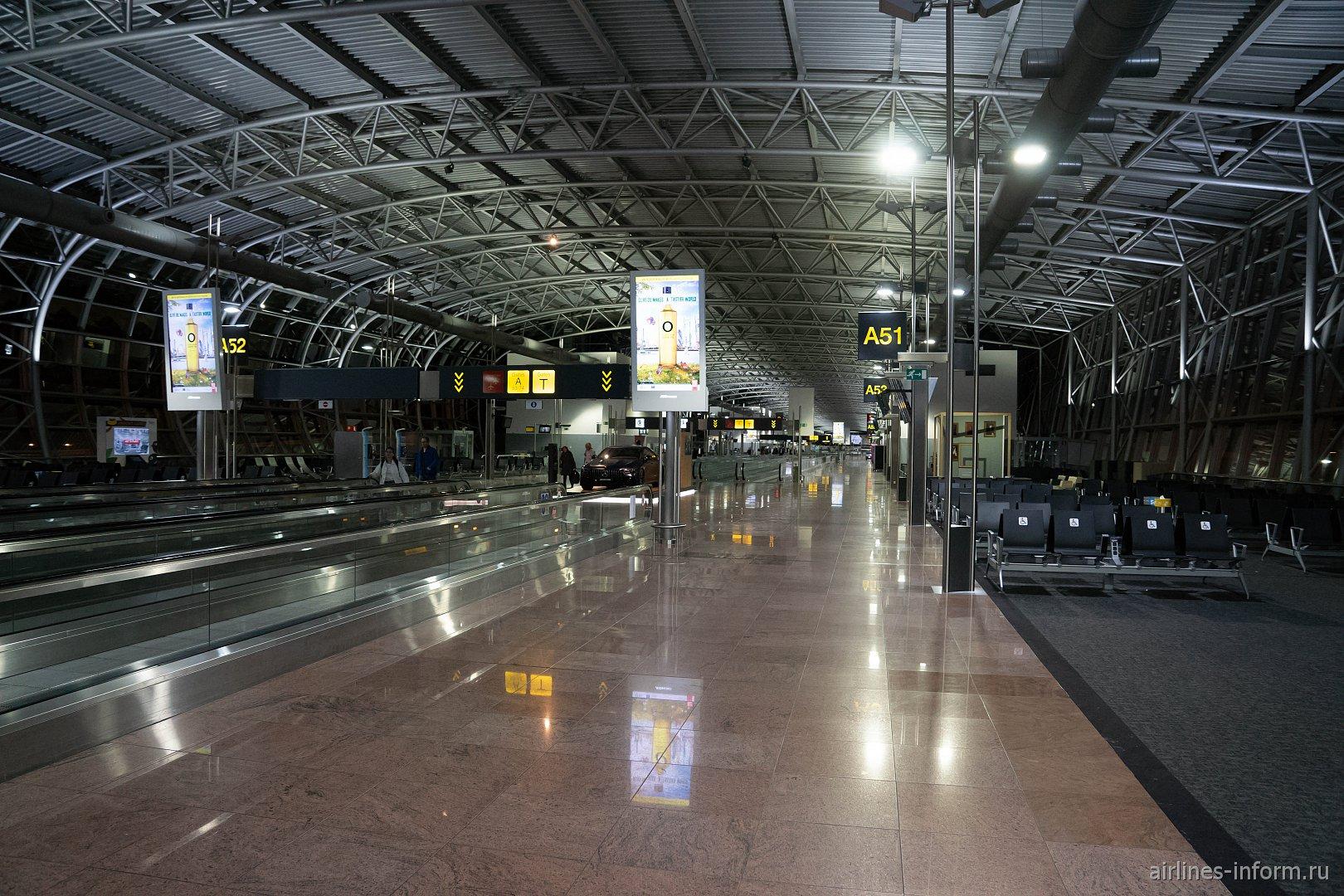 Зона выходов на посадку в аэропорту Брюссель-Националь