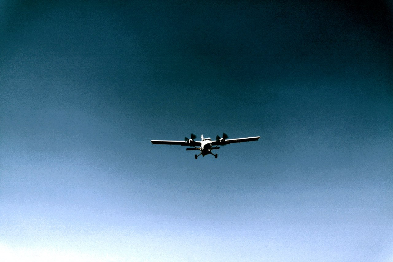 DHC-6 Twin Otter в аэропорту Джорджтаун на Каймановых островах
