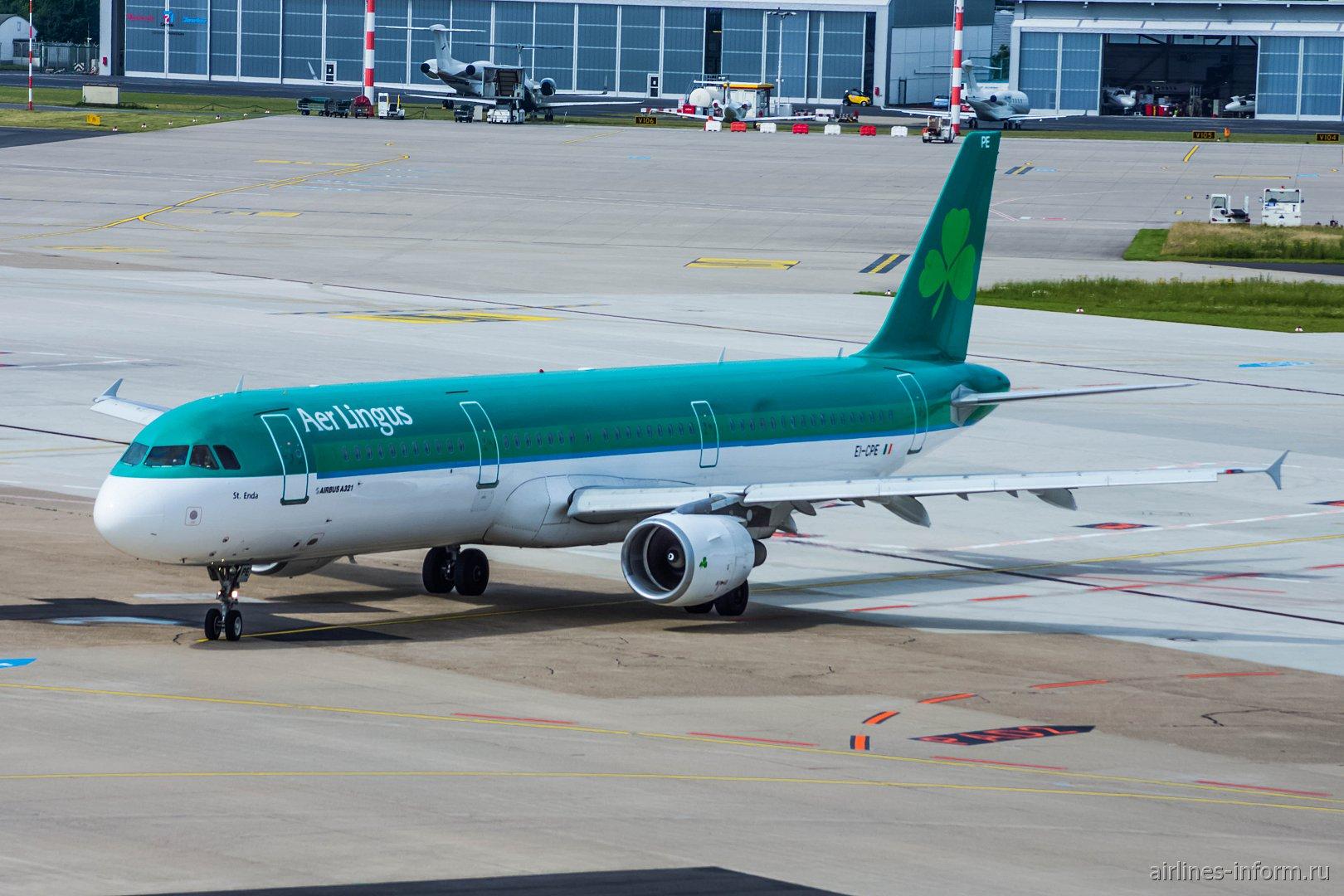 Airbus A321 авиакомпании Aer Lingus в аэропорту Дюссельдорфа