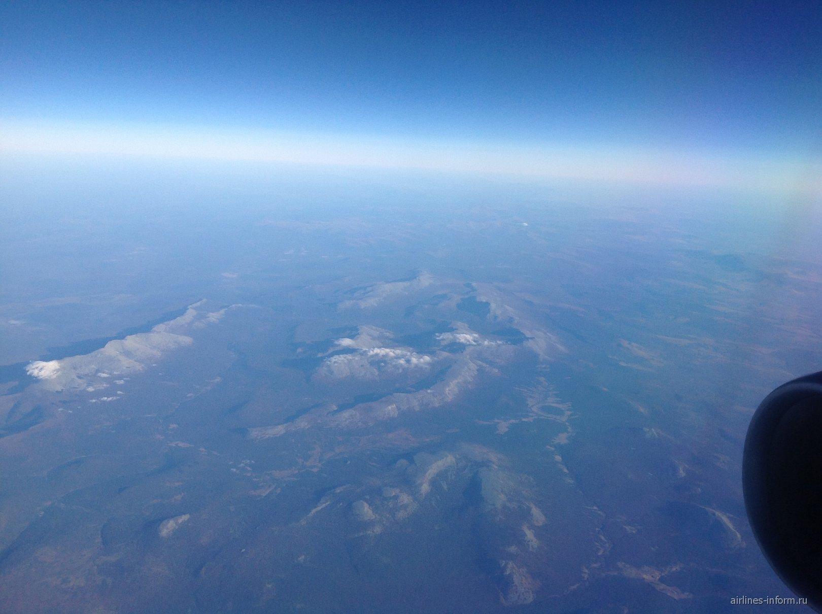 Пролетая над Уралом
