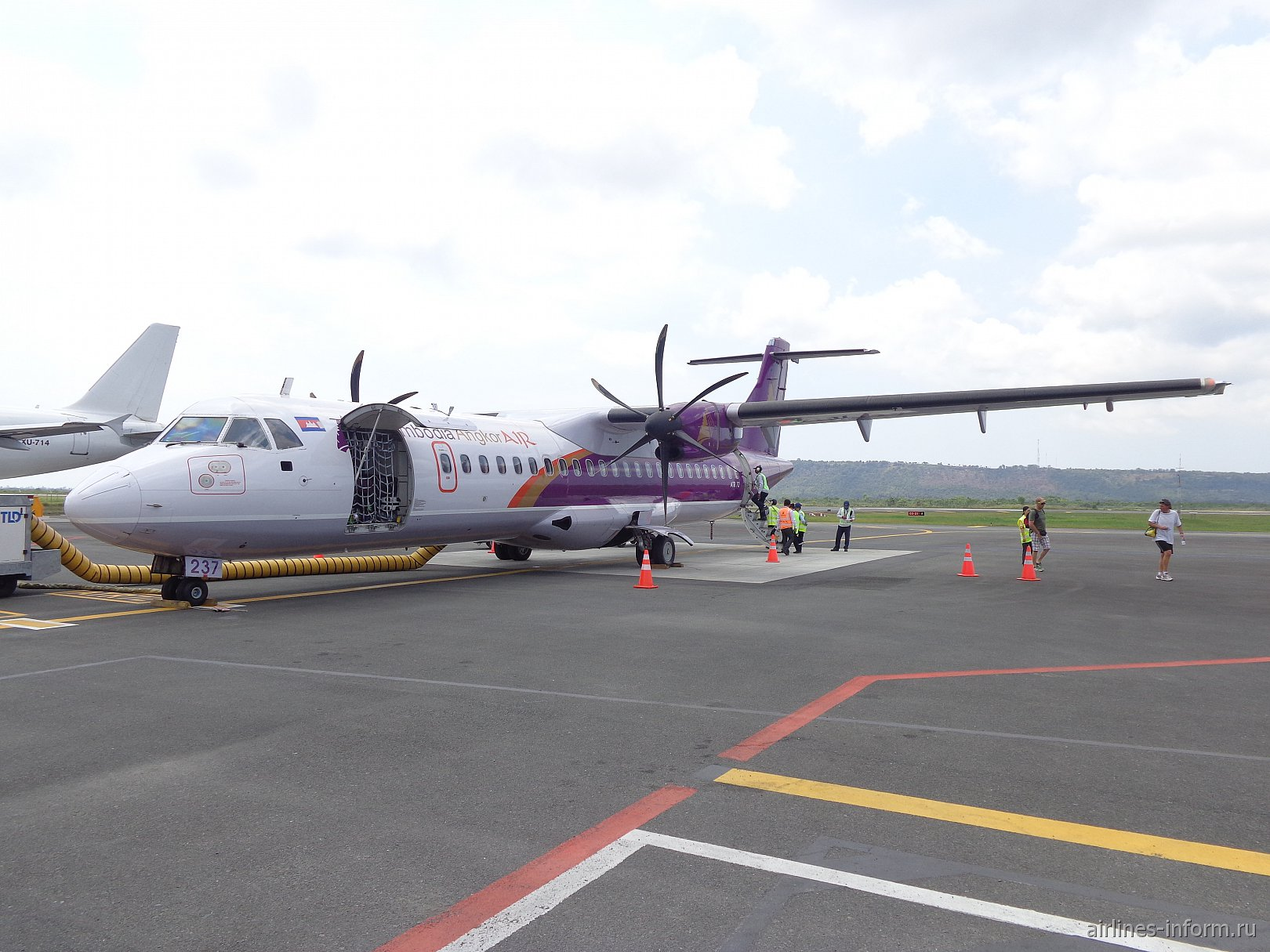 В гости к кхмерам. Часть 4 - Siem Reap (REP) - Sihanoukville (KOS), с Cambodia Angkor Air на ATR-72-500