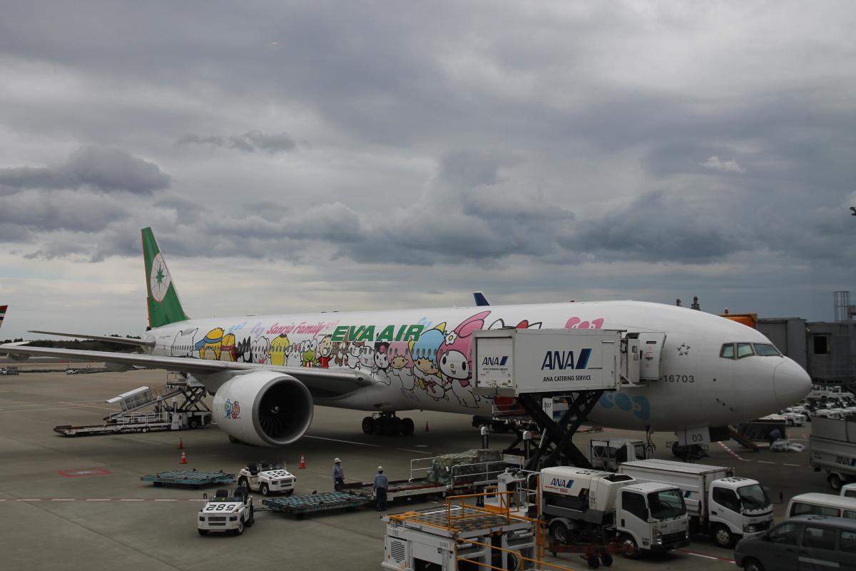 Боинг-777-300 авиакомпании Eva Air в аэропорту Токио Нарита