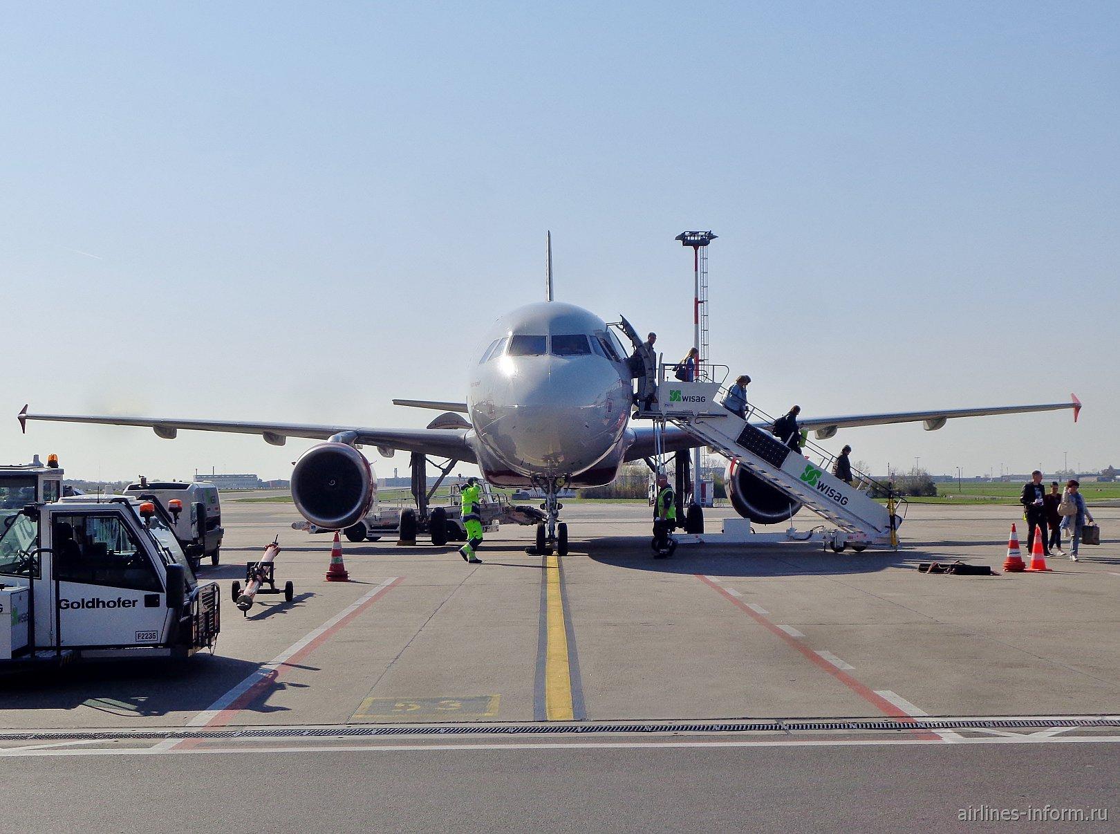 Санкт-Петербург-Берлин (LED-SXF) + Flughafen Berlin-Tempelhof