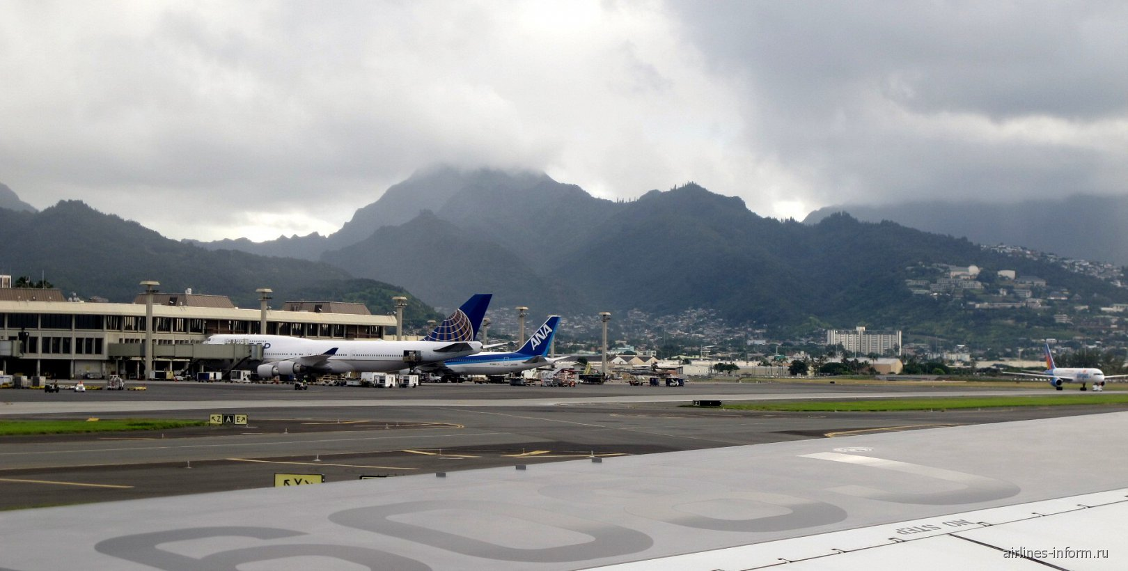Перрон аэропорта Гонолулу