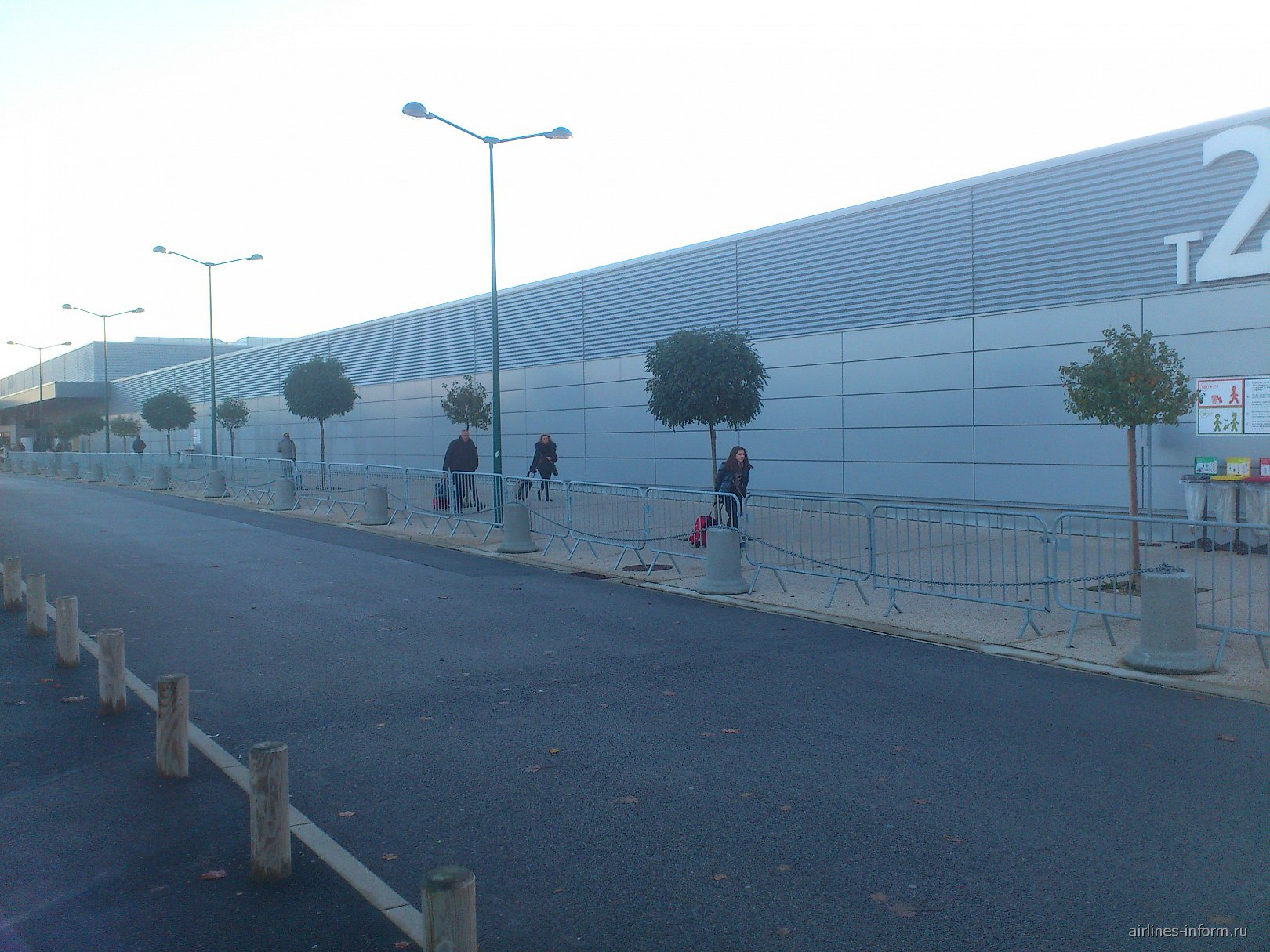 Терминал 2 аэропорта Париж Бове