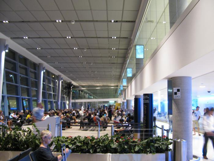 В аэропорту Абу-Даби