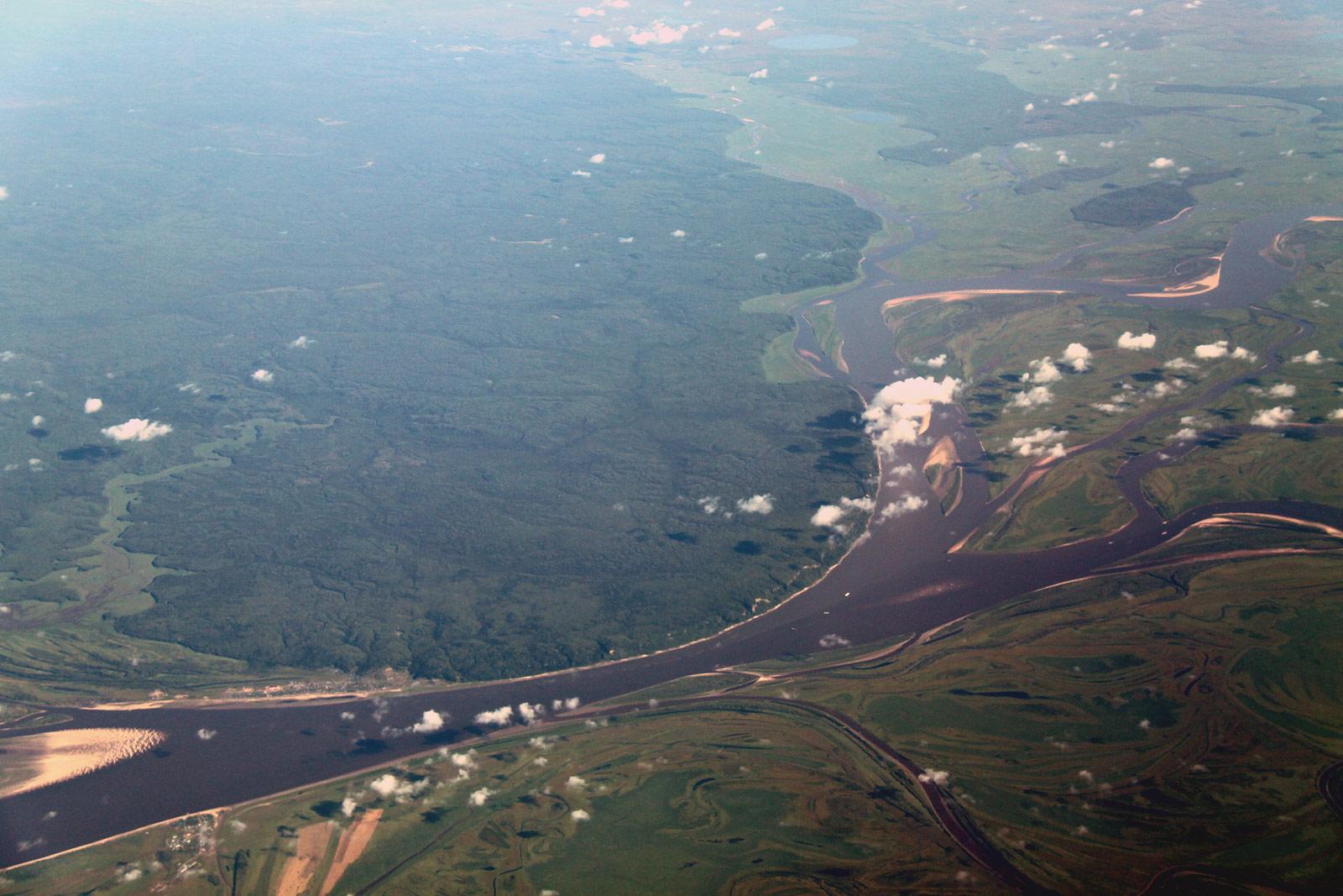 Вид на реку Обь в Западной Сибири
