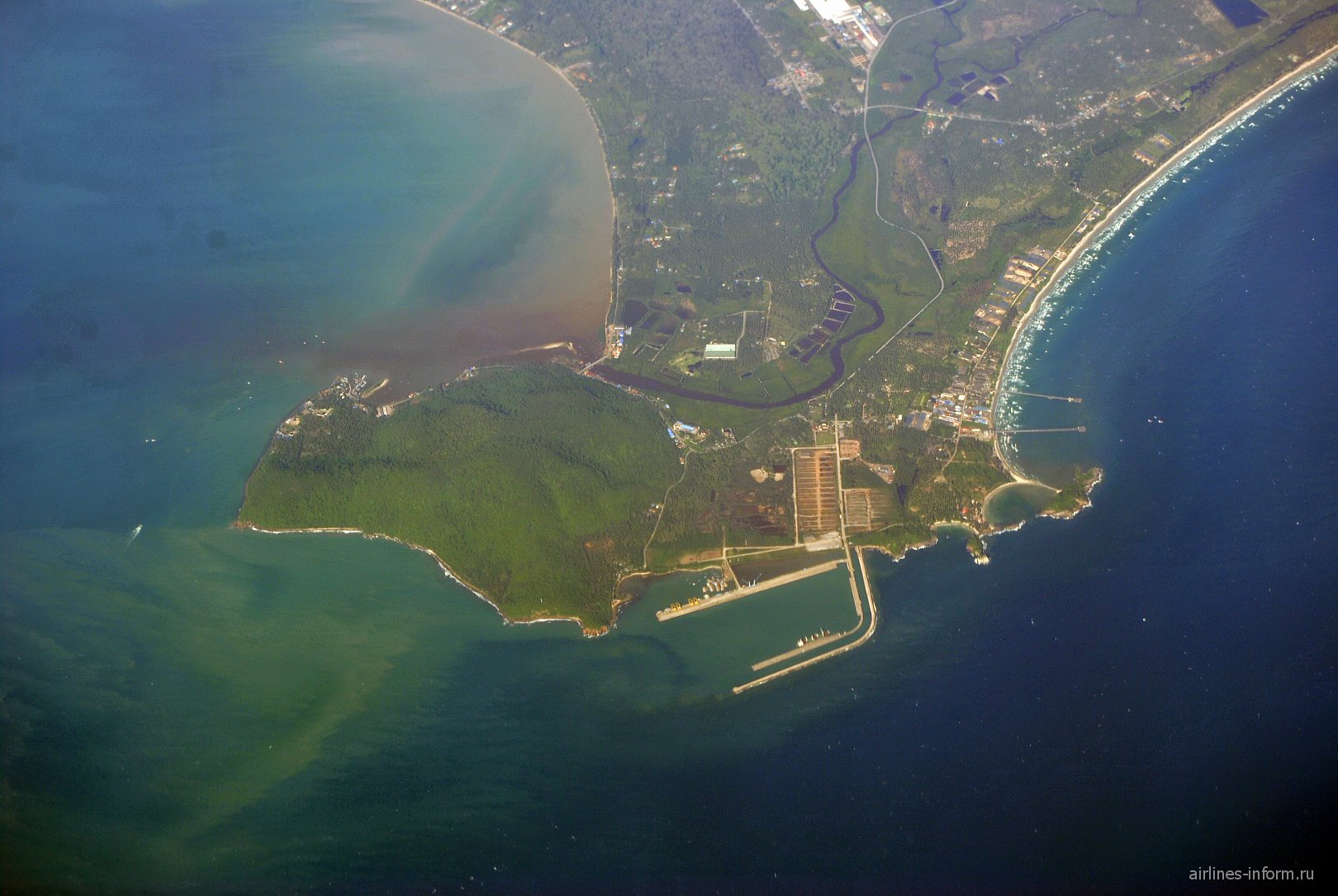 Пристань на побережье Сиамского залива