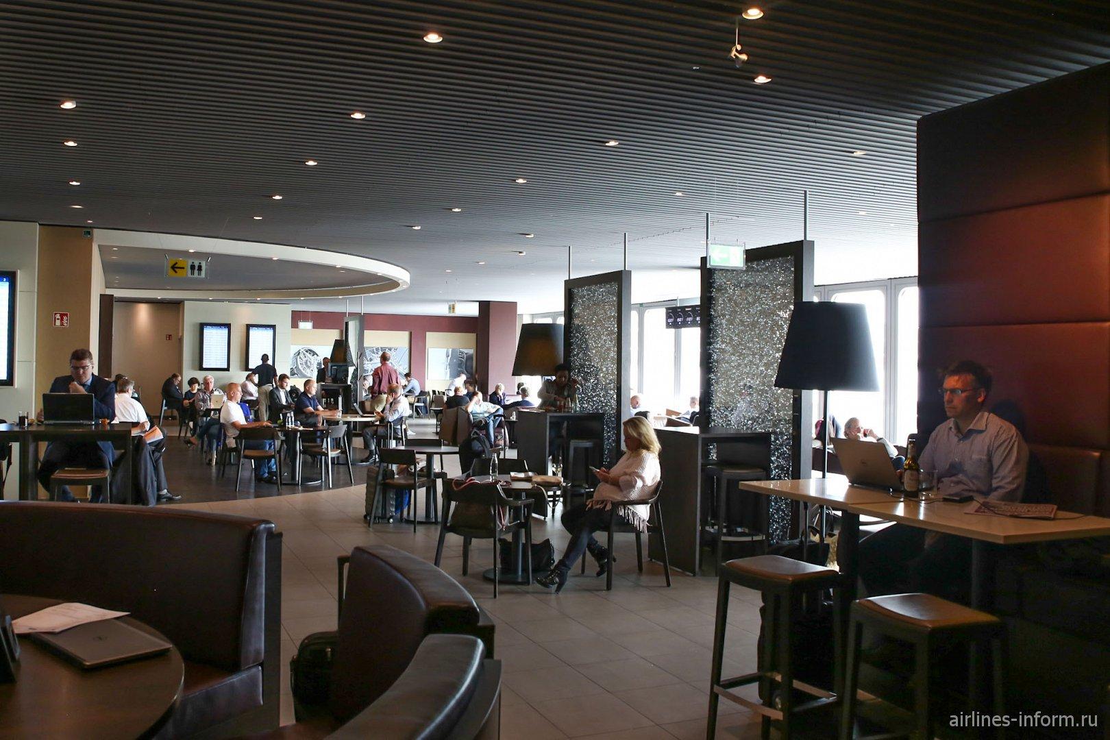 Бизнес-зал в аэропорту Дюссельдорфа