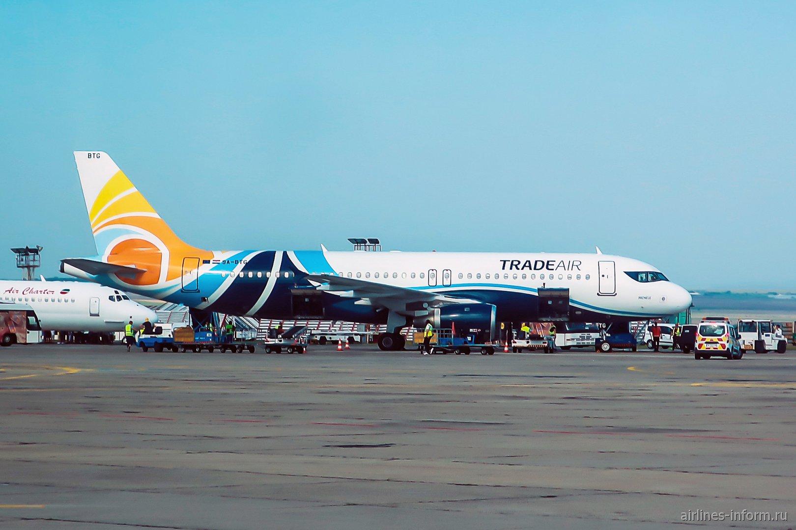 Авиалайнер Airbus A320 рег. номер 9A-BTG авиакомпании Trade Air из Хорватии