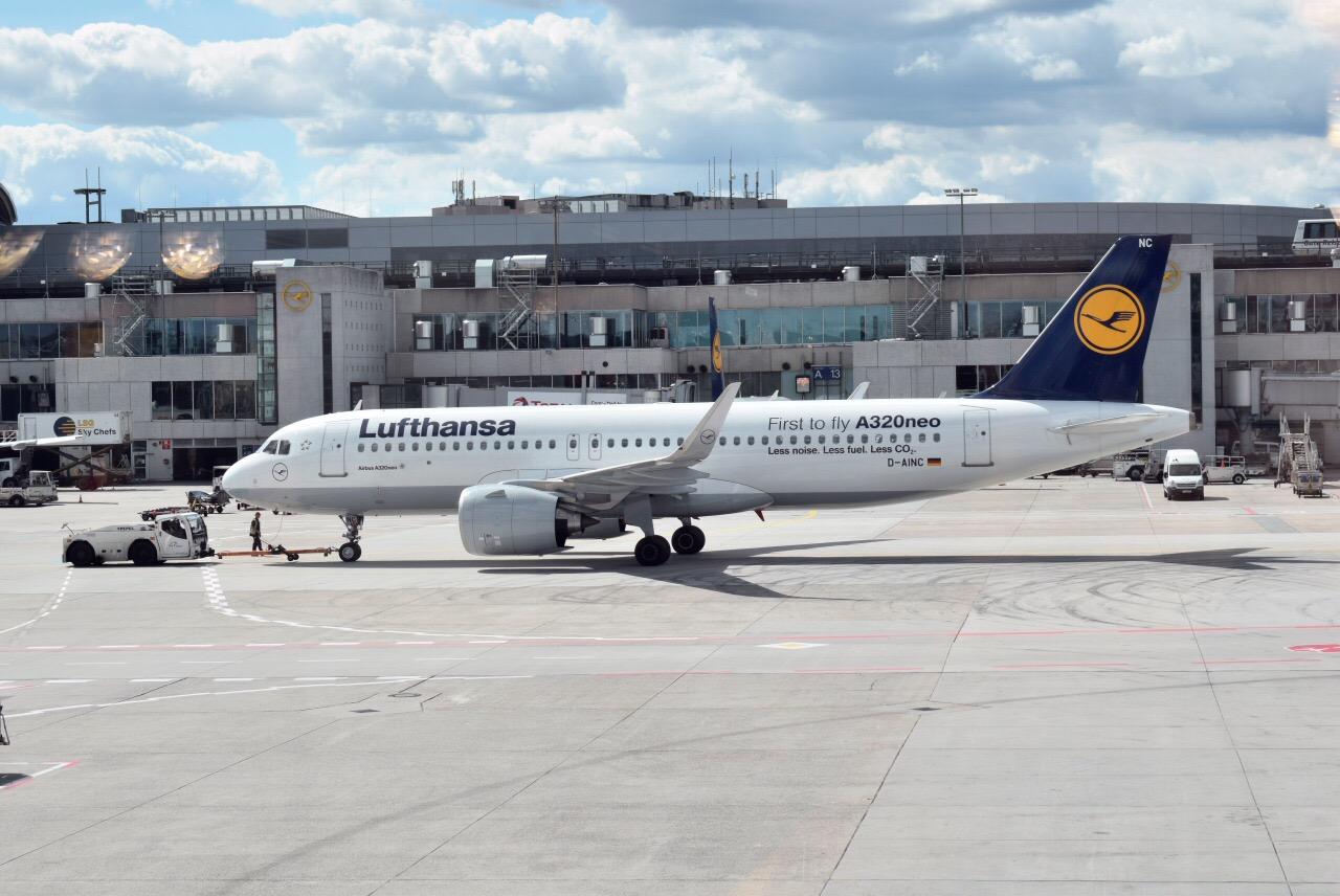 Airbus A320neo D-AINC авиакомпании Lufthansa в аэропорту Франкфурта