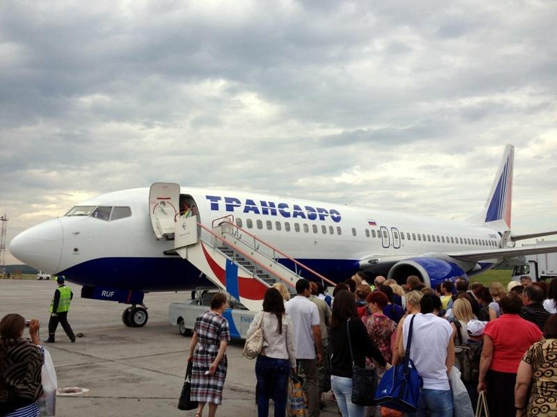 Боинг-737-800 Трансаэро в аэропорту Емельяново