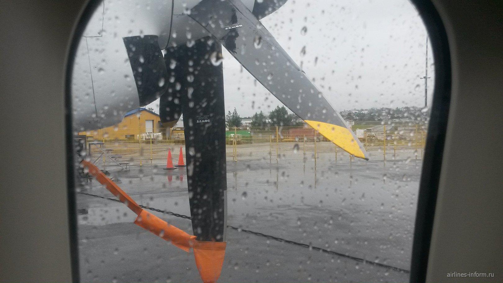 Салон самолета Fokker 50 авиакомпании Air Iceland
