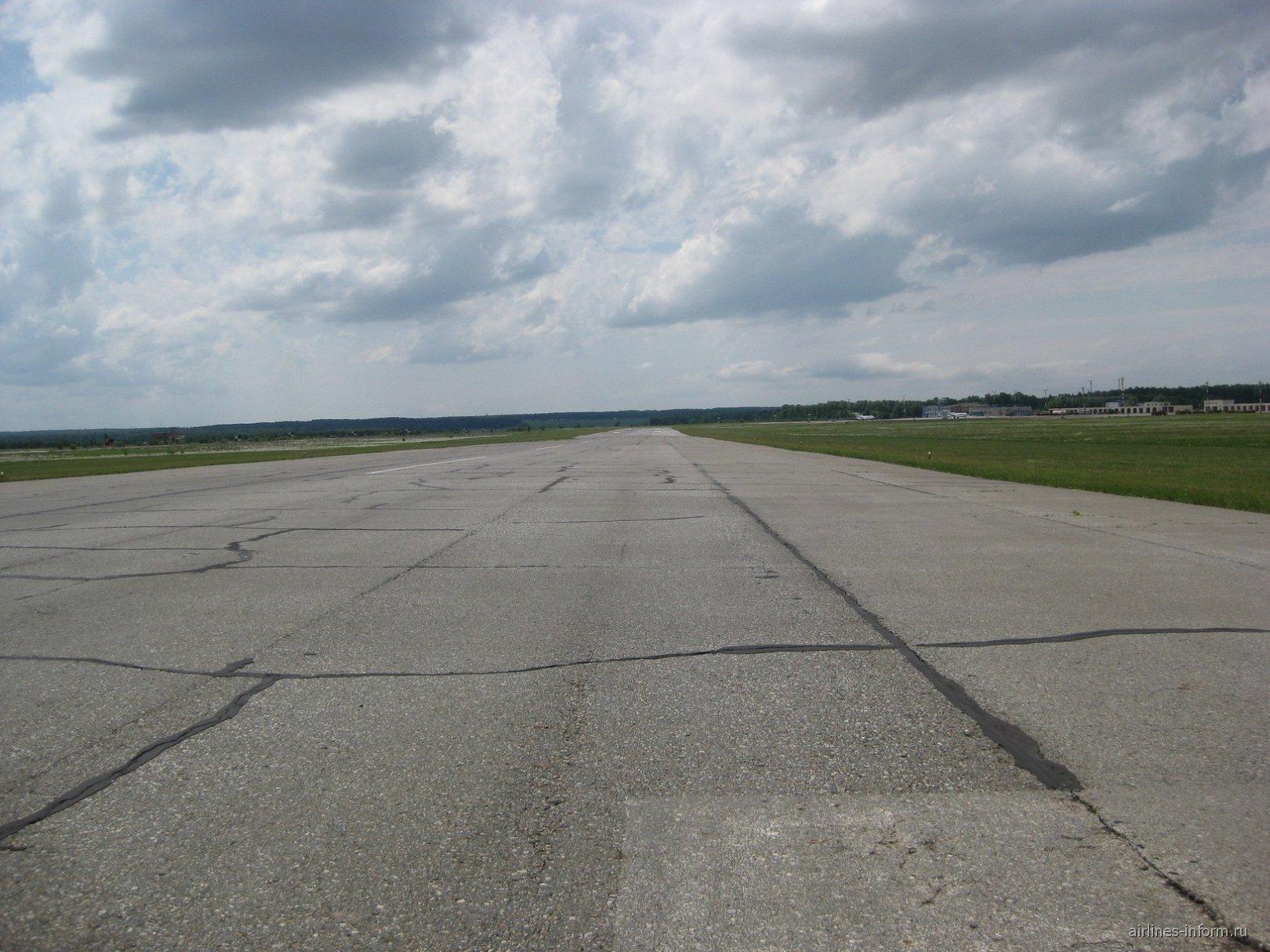 ВПП 19 аэропорта Бугульма