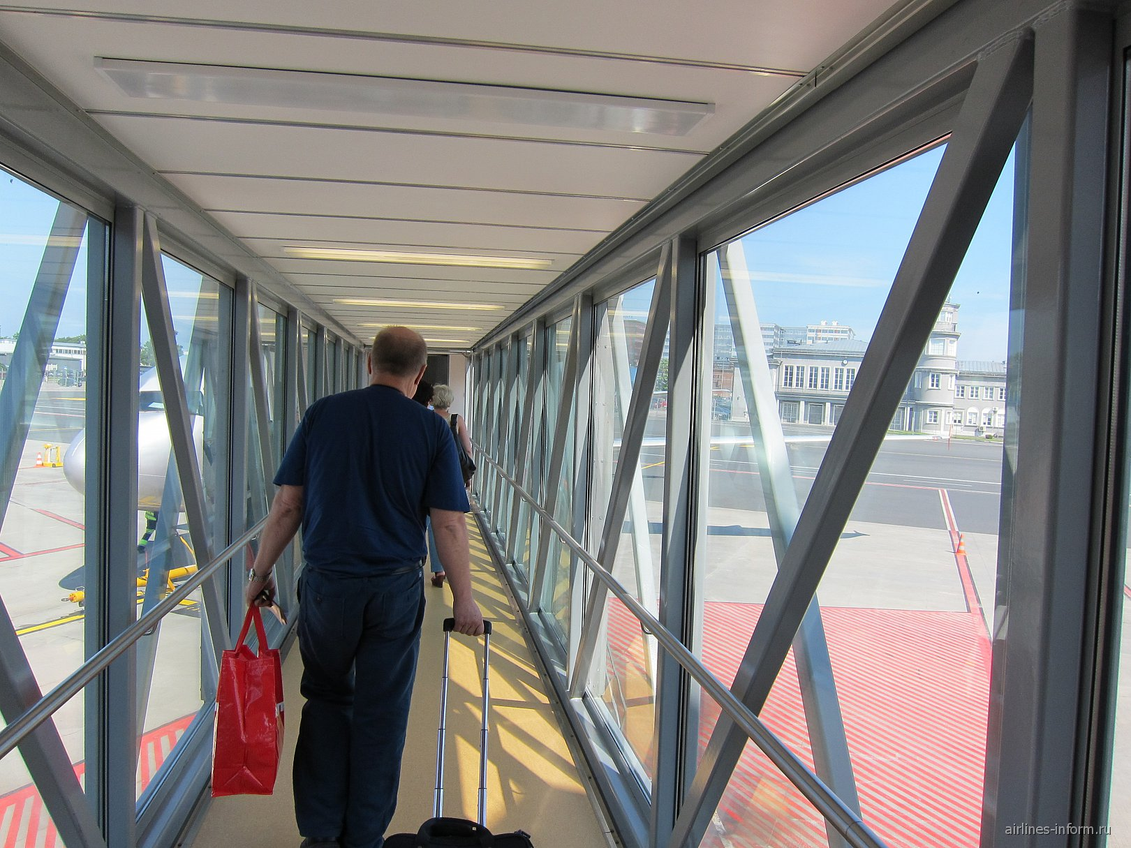 Посадка на рейс Таллинн-Москва