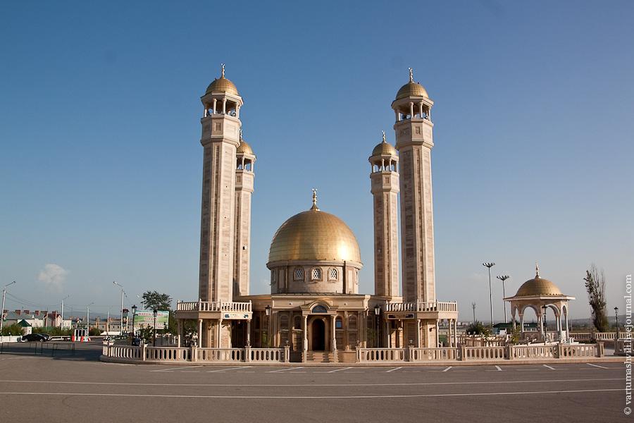 Мечеть в аэропорту Грозный