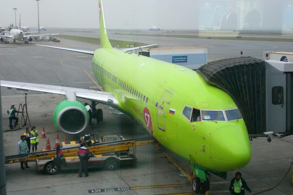 "Манила-Гонконг-Новосибирск на ""Cathay Pacific"" и ""S7"" (11 декабря 2014 г.)"