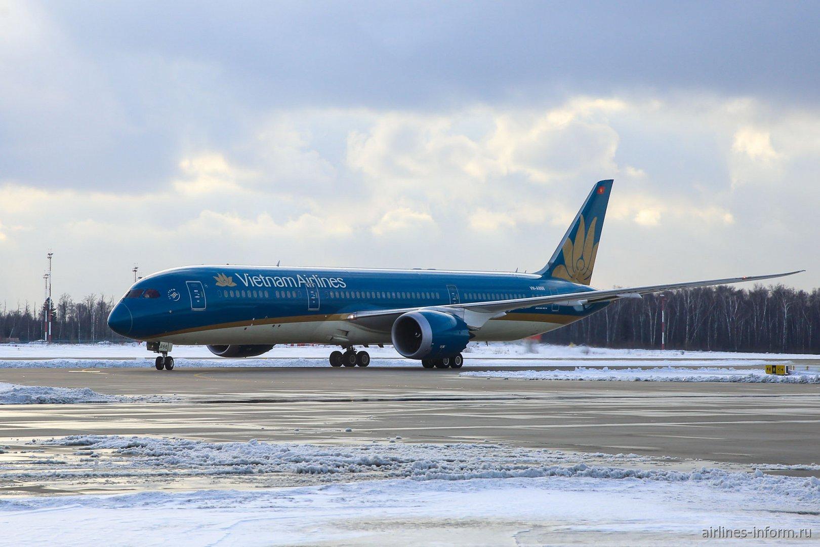 Боинг-787-9 Вьетнамских авиалиний совершил первый рейс в аэропорт Домодедово