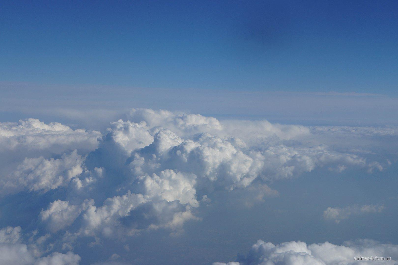 Облака на севере Италии