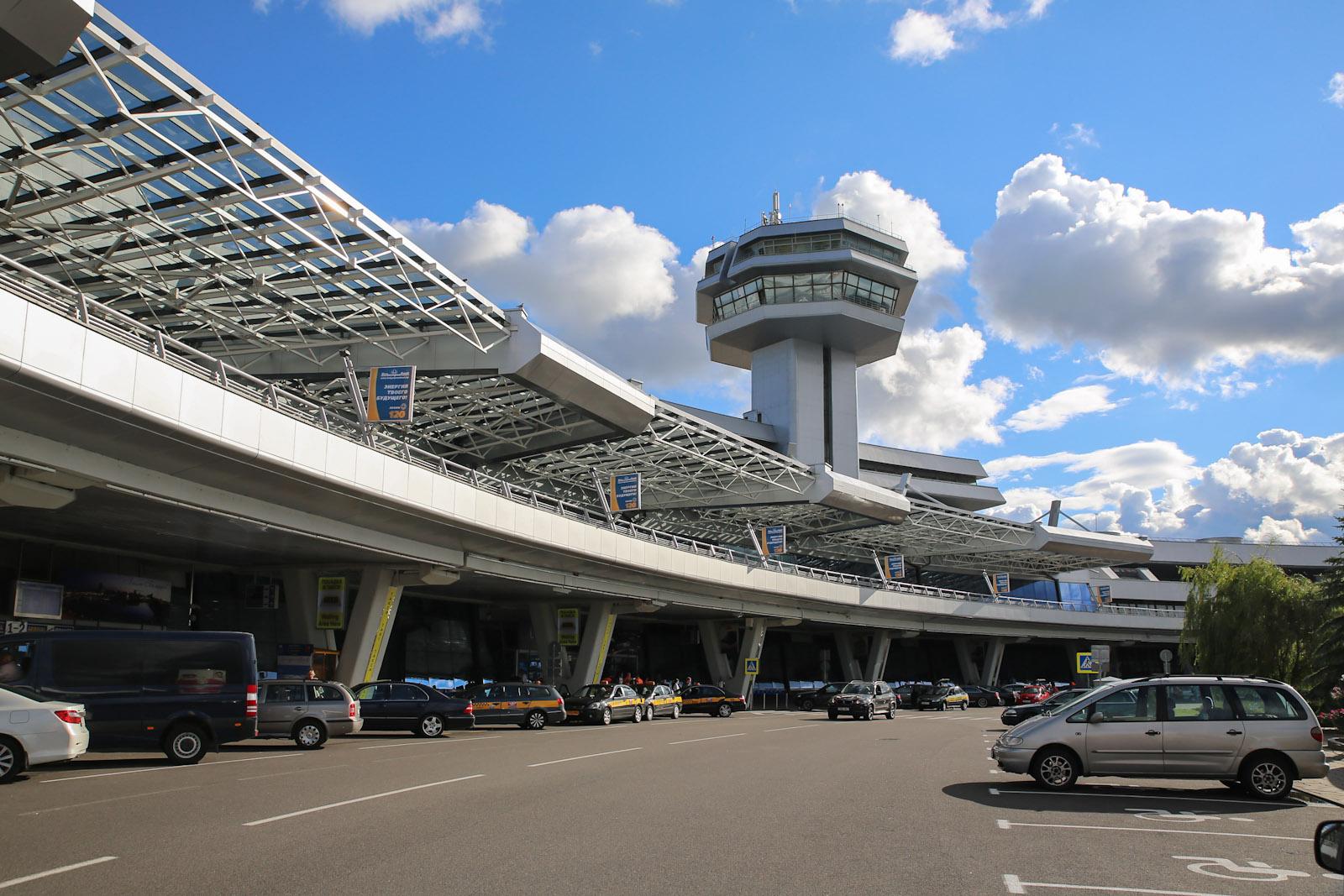 Аэровокзал аэропорта Минск Национальный