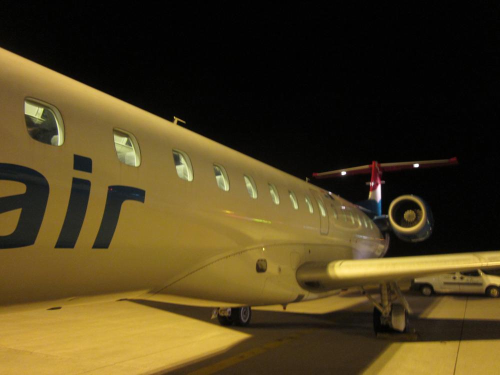 Самолет ERJ145 авиакомпании Luxair