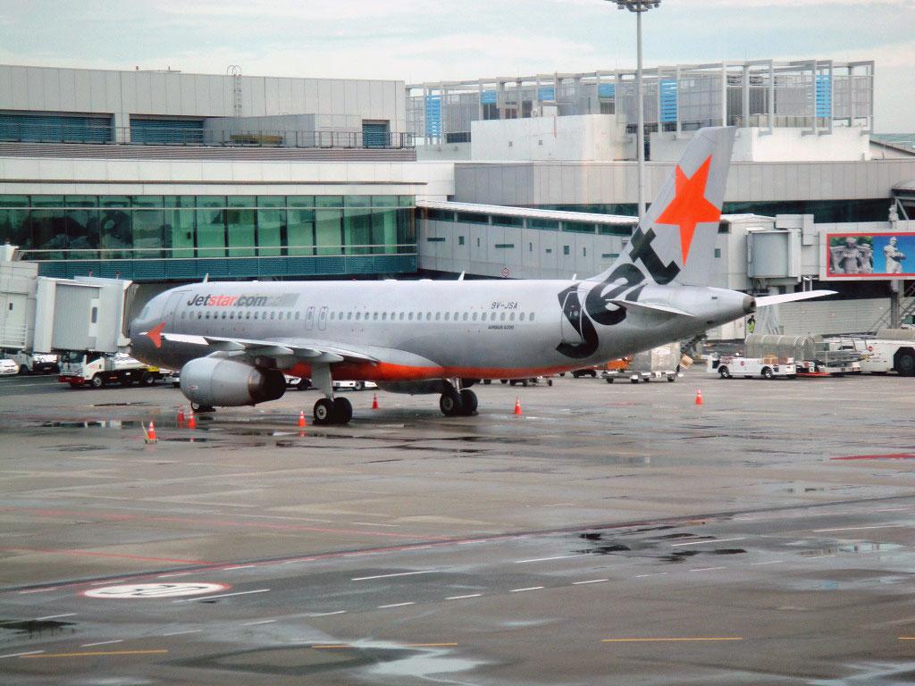 Airbus A320 авиакомпании JetStar в аэропорту Сингапур Чанги