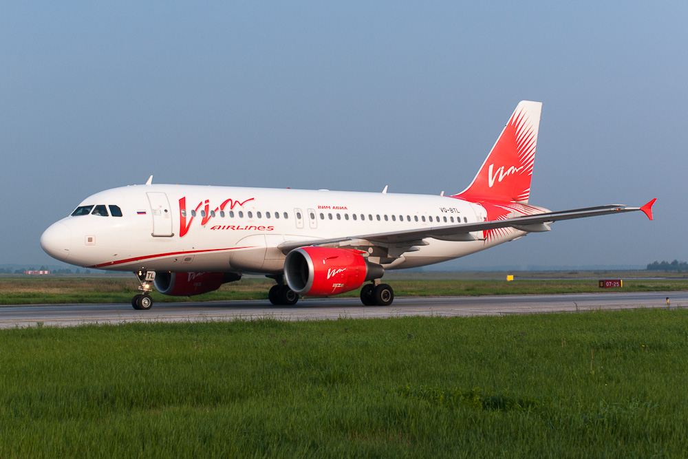 "Самолет Airbus A319 VQ-BTL авиакомпании ""ВИМ-авиа"""
