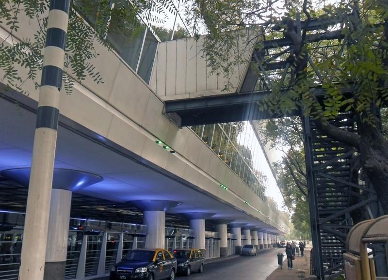 Пассажирский терминал аэропорта Буэнос-Айрес Хорхе Ньюьери
