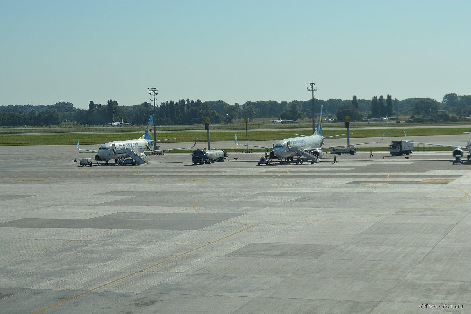 Перрон аэропорта Киев Борисполь