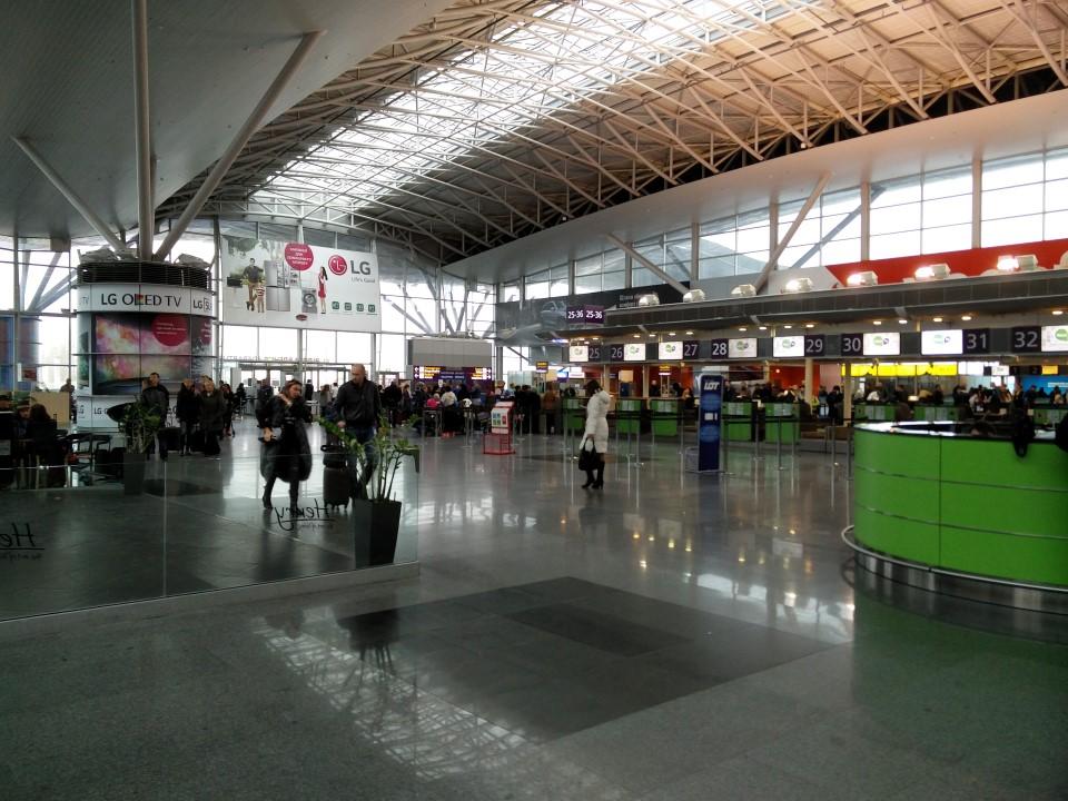 Зал регистрации в терминале D аэропорта Киев Борисполь