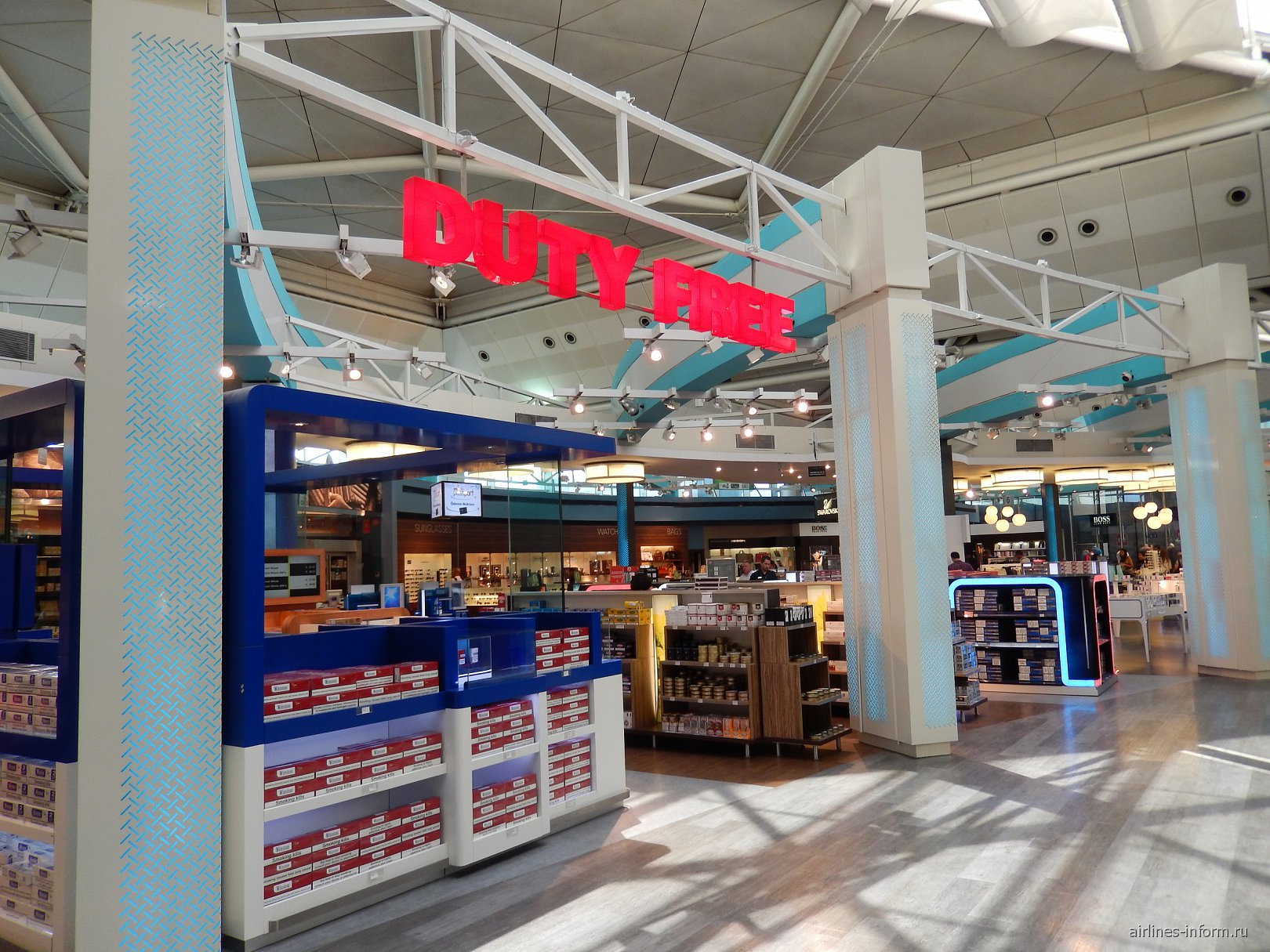 Магазин Duty-free в аэропорту Стамбул Ататюрк