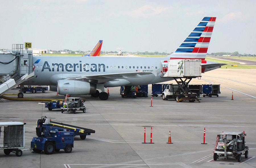 Лос-Анджелес-Индианаполис с American Airlines