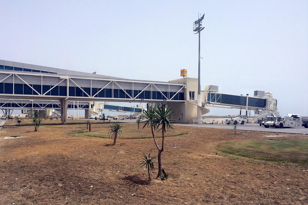 Телетрапы в аэропорту Энфида-Хаммамет