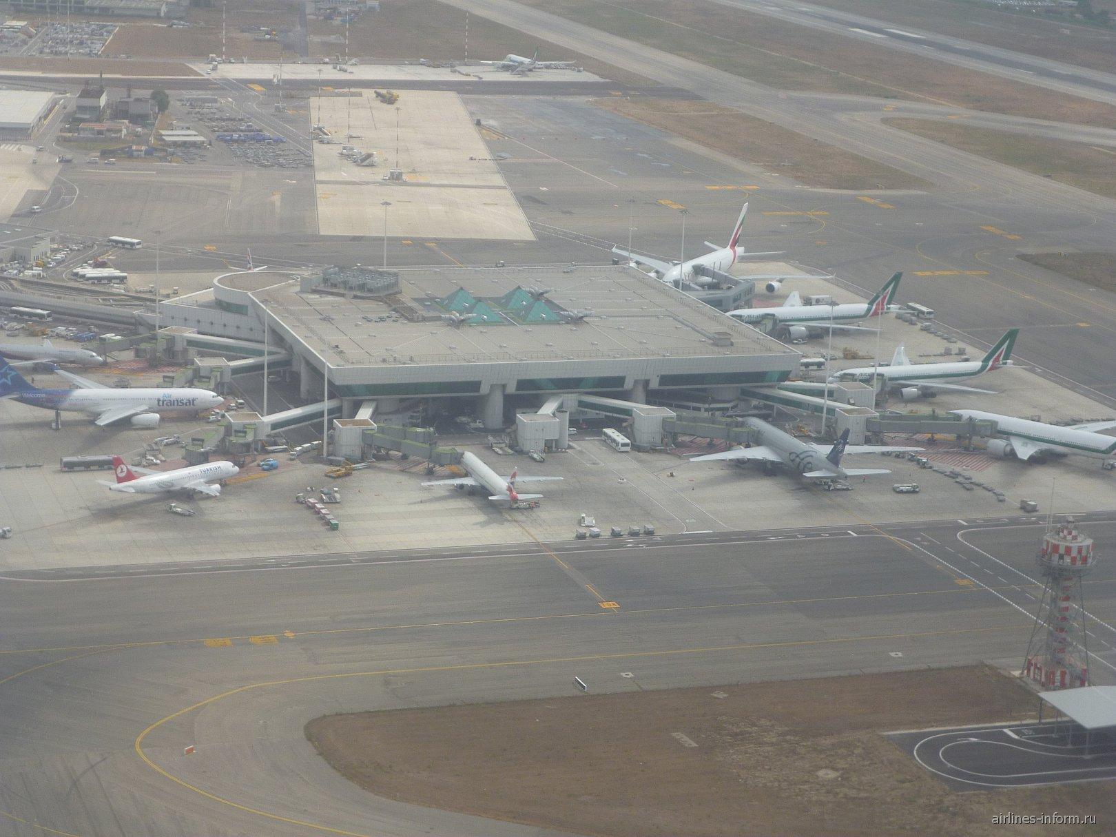 Сателлит-терминал А аэропорта Рим Фьюмичино