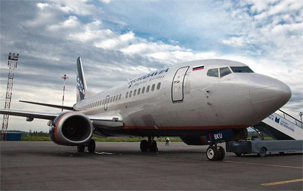 Москва(Шереметьево D)-Мурманск авиакомпанией Нордавиа на самолёте Boeing 737-500