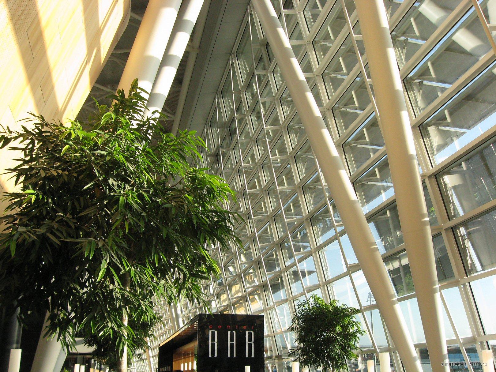 Центральная часть терминала аэропорта Цюрих