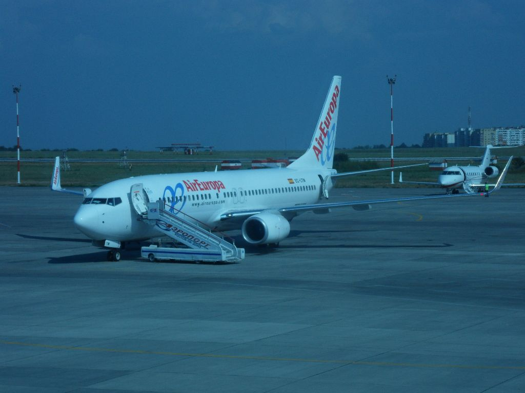 Боинг-737-800 авиакомпании Air Europa в аэропорту Ростова-на-Дону