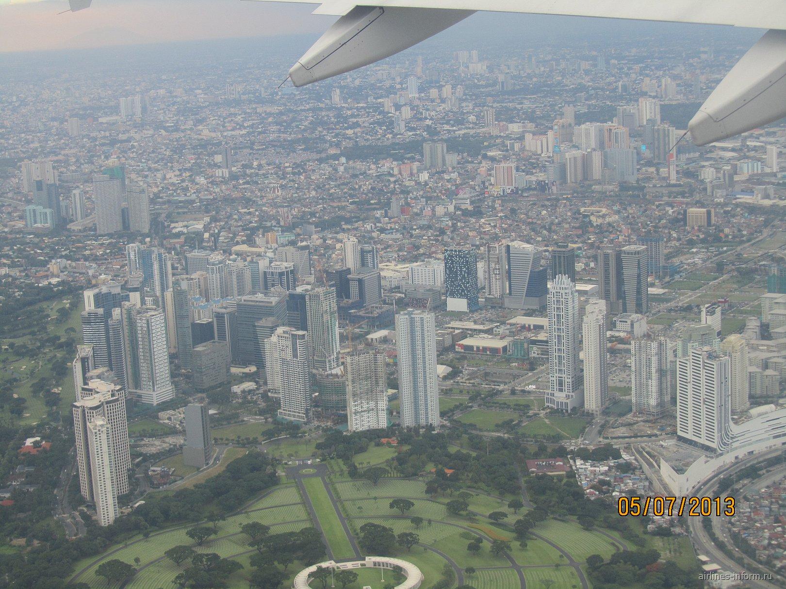 Вид на Манилу при взлете