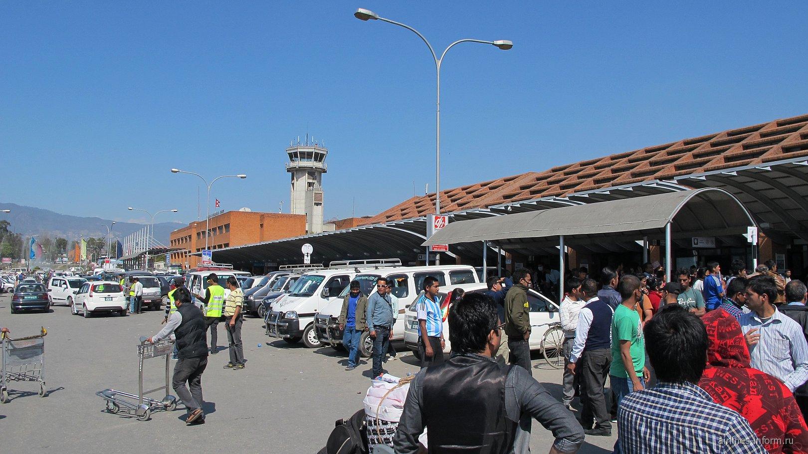 Международный терминал аэропорта Катманду Трибхуван