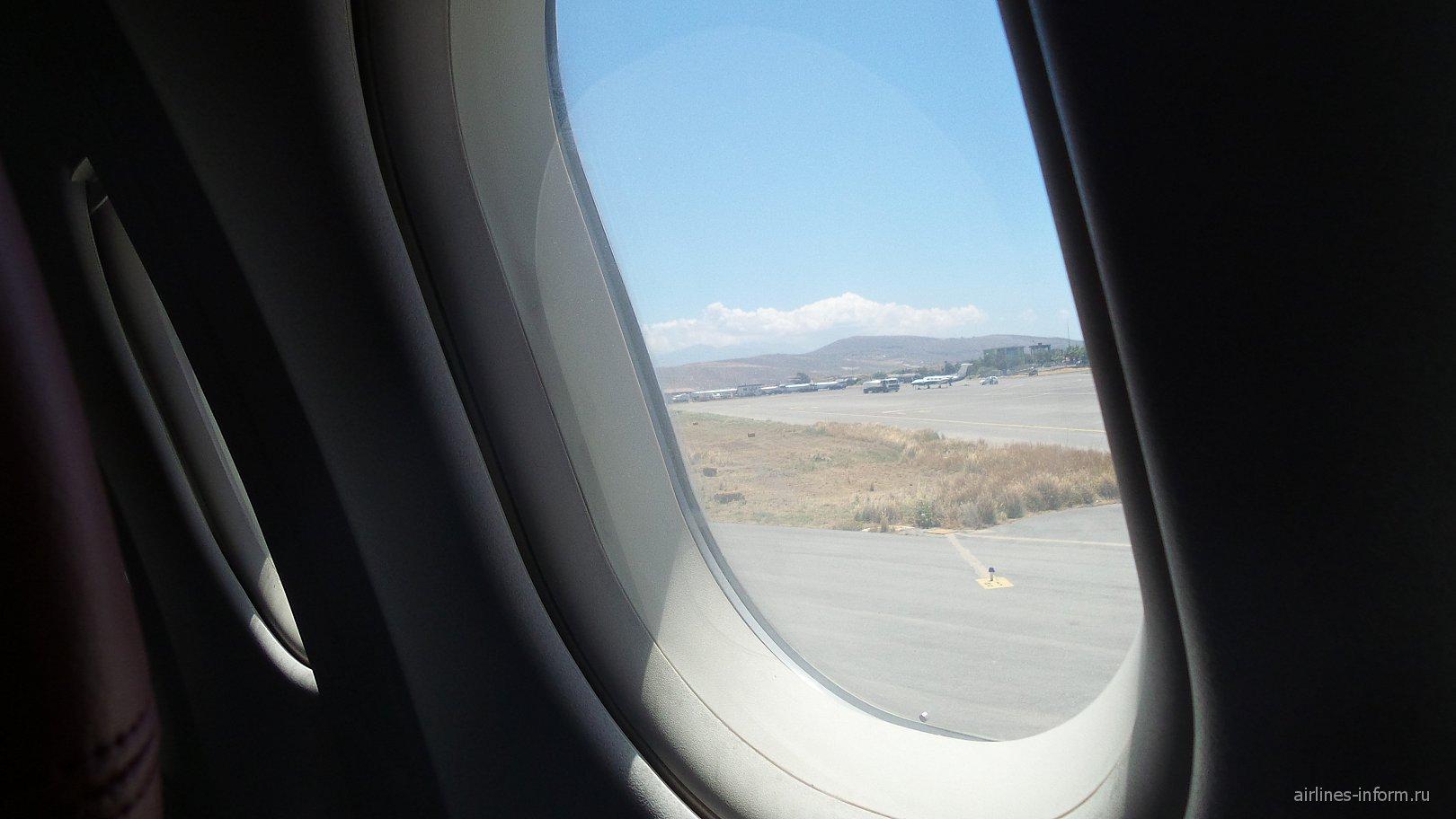 Из солнечного Ираклиона в дождливый Нижний. Часть 2. Нордвинд - лучшая чартерная авиакомпания в мире.