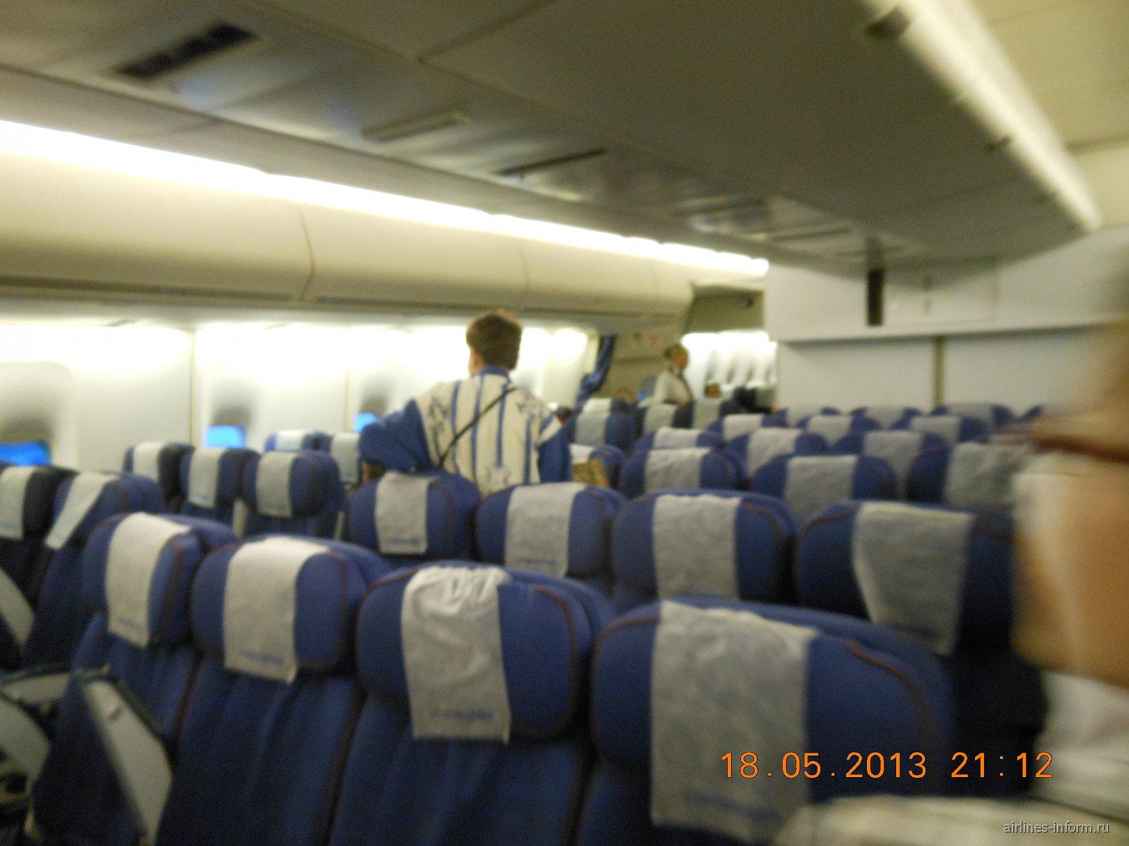 Б-747-400 ТрансАэро EI-XLJ