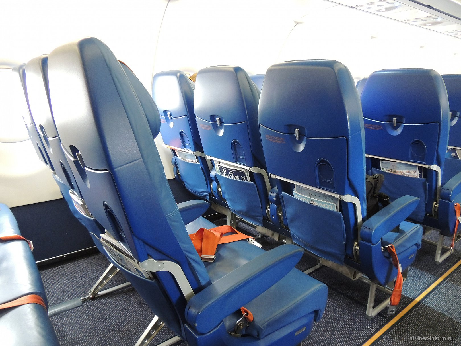 Места экономического класса в самолете Airbus A319 Аэрофлота