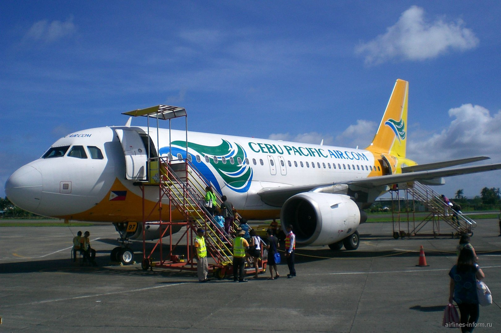 Airbus A320 авиакомпании Cebu Pacific Air в аэропорту Калибо