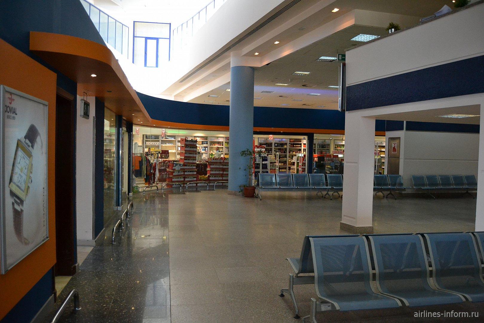 Магазин Дюти-Фри в аэропорту Марса-Алам