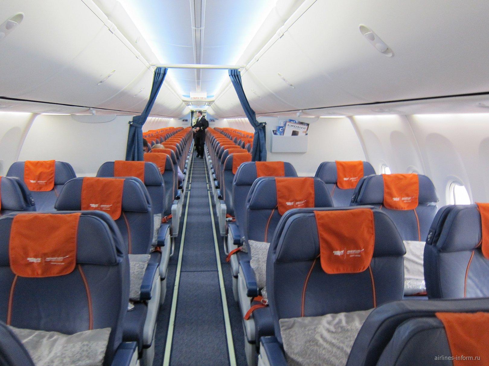 "Пассажирский салон в Боинге-737-800 авиакомпании ""Аэрофлот"""